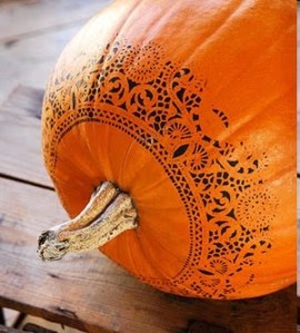 Painted-Pumpkin-Doily-Idea
